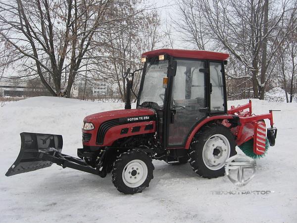 Трактор ЛМЗ 704. Цена: 780 000 руб. Купить в Оренбургская.